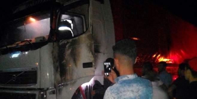 PKK, Doğubayazıt'ta TIR yaktı