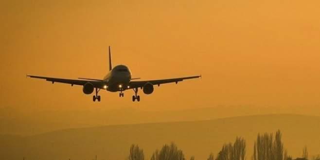 O uçakta yüklü miktarda para olduğu iddia edildi