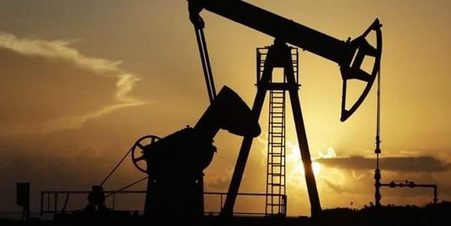 Petrolde satış baskısı devam ediyor