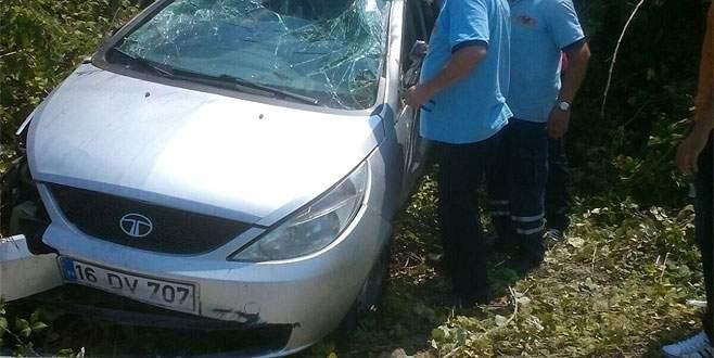 Üniversite kaydına giderken kaza yaptılar