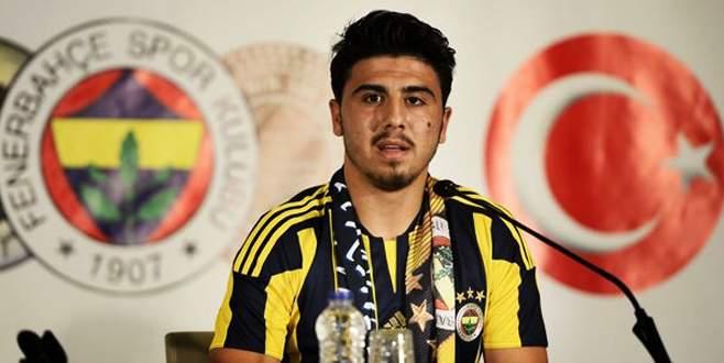 Ozan ailesini de İstanbul'a götürmüş!