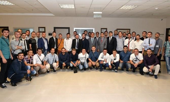 Kosovalı Gençler YTB'yi Ziyaret Etti