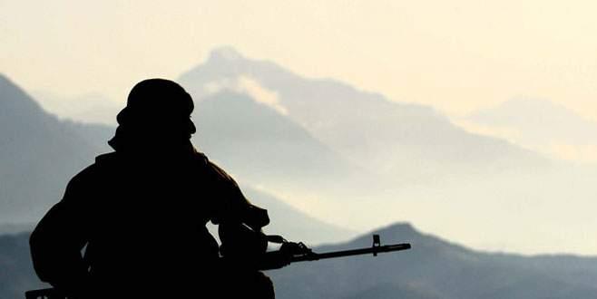 Askere bombalı saldırı: 1 şehit, 3 yaralı