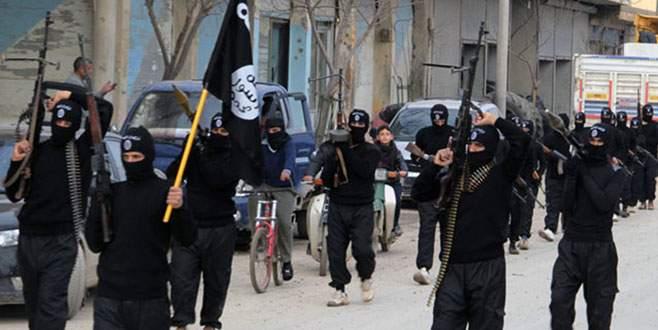 IŞİD'den askerlere pusu: 50 ölü