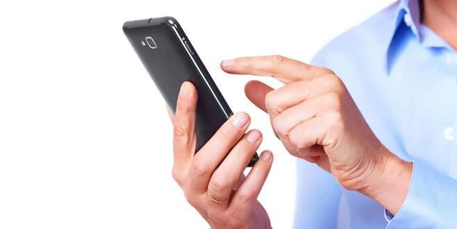 Cep telefonu satışlarına kur freni