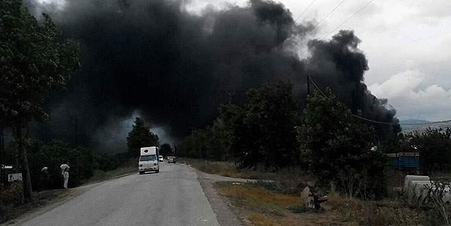 Bursa'da korkutan yangın! Zarar çok büyük!