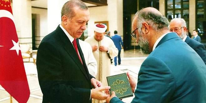 'Kubbelerden Semaya' adlı eser Cumhurbaşkanı'na takdim edildi