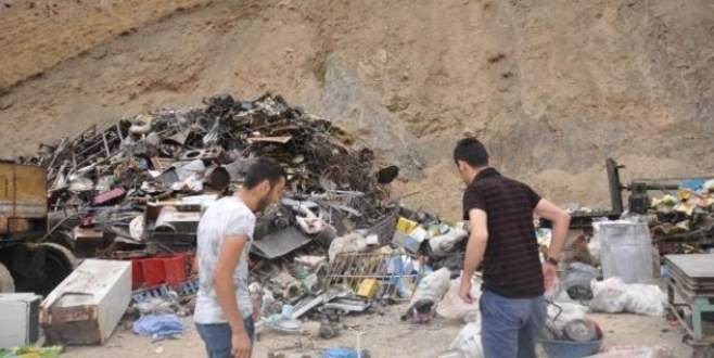 Hakkari'de patlama: 2'si çocuk 4 yaralı