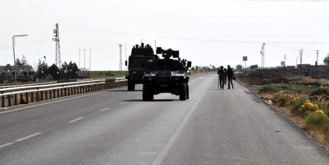 Mardin'de polis aracı devrildi: 1 şehit