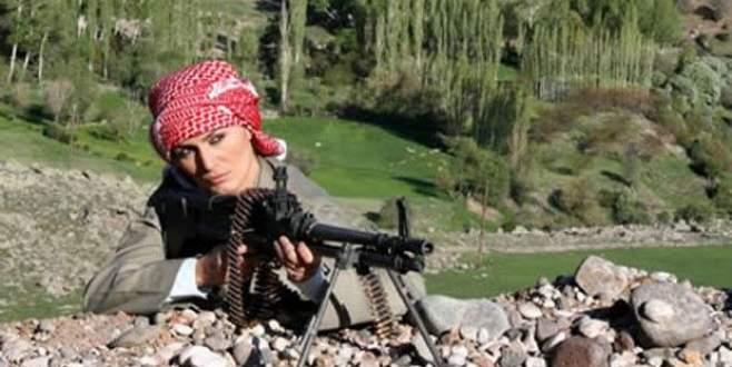 Tuğba Özay'dan poşulu fotoğraf açıklaması