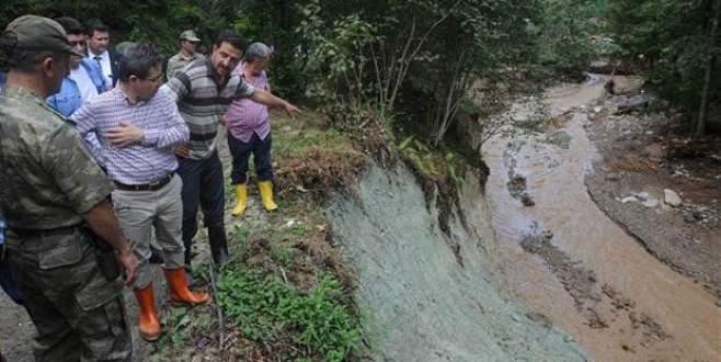 Mahsur kalan 100 köylüye 3 gün sonra ulaşıldı