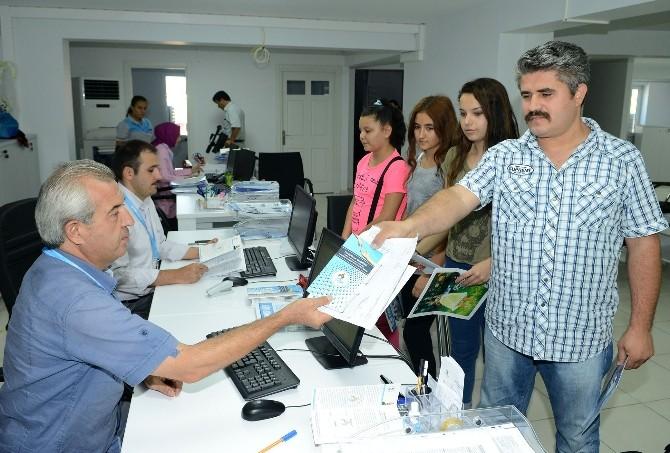 Pamukkale'de Eğitim Yardımı Başvuruları Devam Ediyor