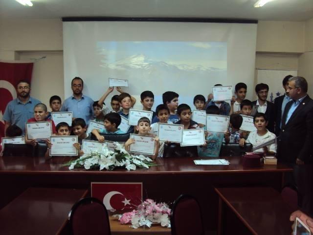 Yaz Kuran Okulu Başarı Belgeleri Dağıtıldı