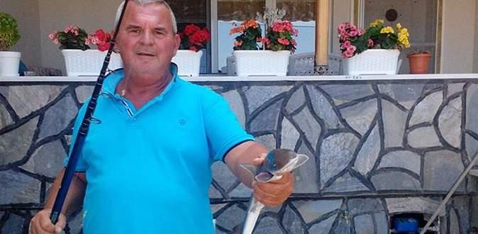 Bursa'da oltayla köpek balığı yakaladı