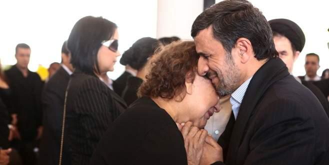 Ahmedinejad'a yolsuzluk suçlaması