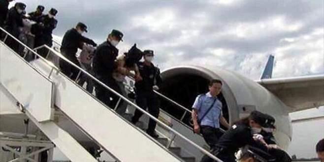 İade edilen Uygurlara hapis cezası