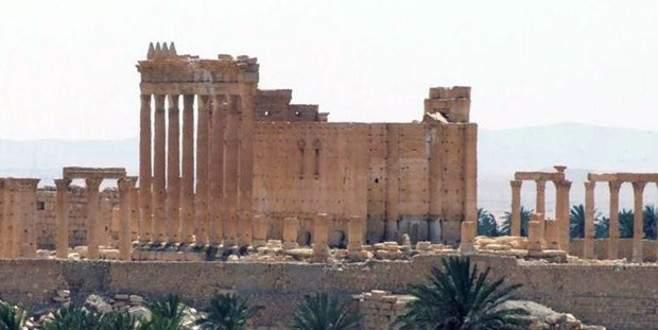IŞİD Palmira'daki bir tapınağı daha yıktı