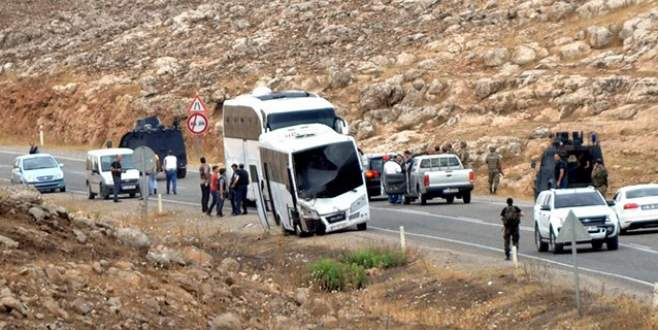 Polis servisine bombalı saldırı! 5 polis yaralı