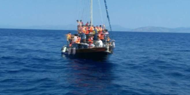 Göçmen teknesi battı: 13 ölü