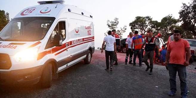 Minibüs uçuruma yuvarlandı: 4 ölü, 14 yaralı