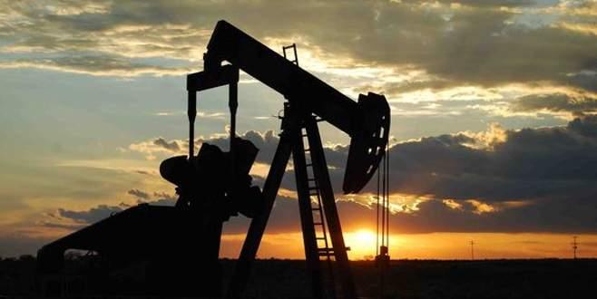 Ağustosta küresel petrol arzı düştü