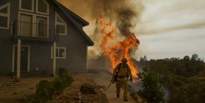 Büyük yangın ABD'yi korkutuyor