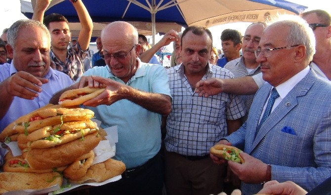 Mersin'de Balık Sezonu Törenle Açıldı
