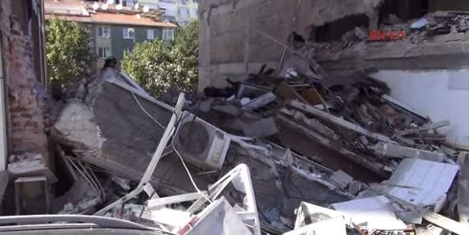 4 katlı bir bina çöktü! 1 ölü 3 yaralı