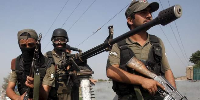 Taliban hava üssüne saldırdı