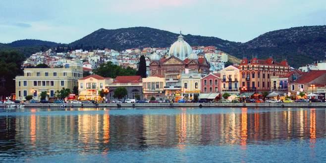 Bursalıların gözdesi Antalya ve Midilli