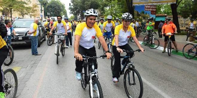 'Dünya Arabasız Günü' için pedal çevirdiler