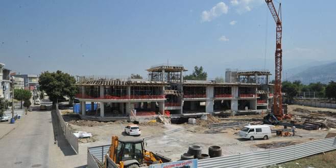 Osmangazi İlköğretim Okulu hızla yükseliyor