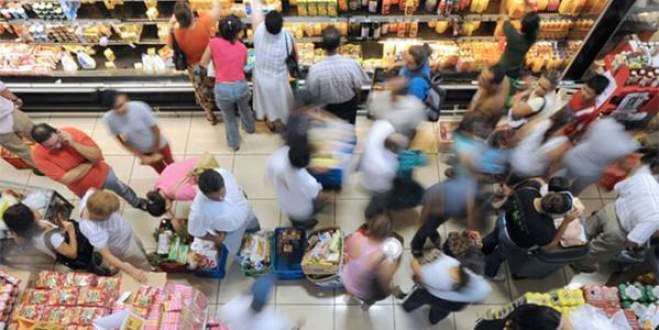 Tüketici güveni 6,5 yılın dibinde