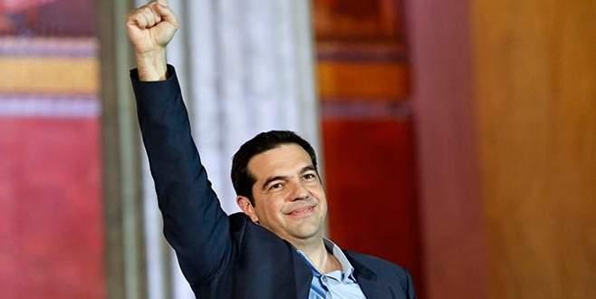 Yunan basınında Siriza zaferi yankılanıyor