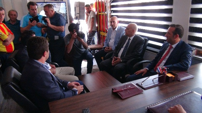 Malatyaspor Taraftarlar Derneği'nin Yeni Binası Açıldı