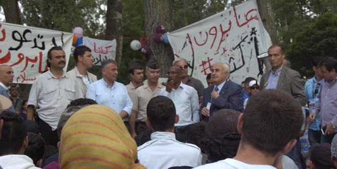 Suriyeli sığınmacılardan şok protesto