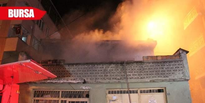 Suriyeli ailenin yaşadığı evde yangın paniği