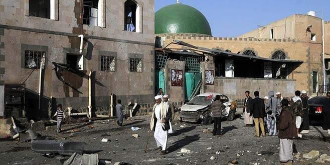 Bayram namazı sırasında camide patlama: En az 29 ölü