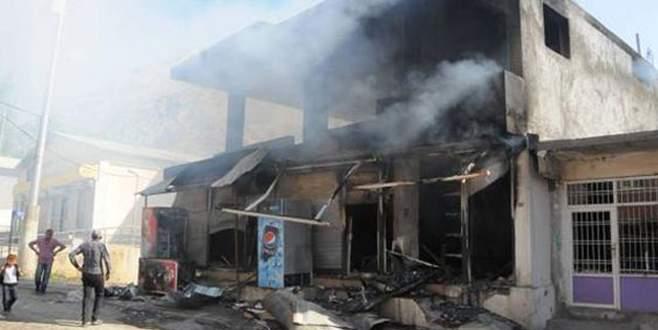 Havan topu mermisi eve düştü: 3 sivil öldü
