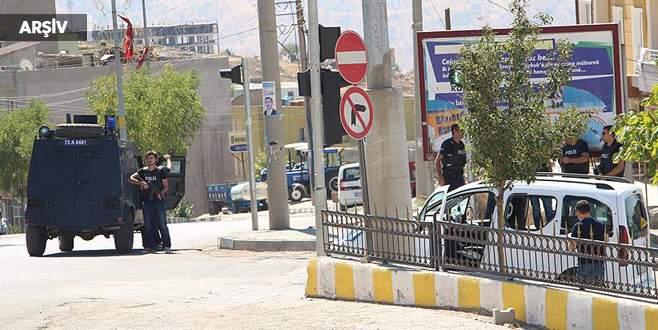 Şırnak'ta polise roketli saldırı