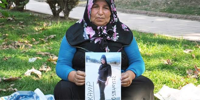 İznik'te 4 gündür kayıp olan kızlarını arıyorlar