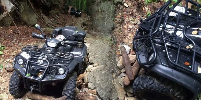 ATV'lerle dağa tırmananları jandarma kurtardı