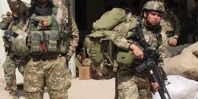 ABD, Taliban'ı vurmaya başladı