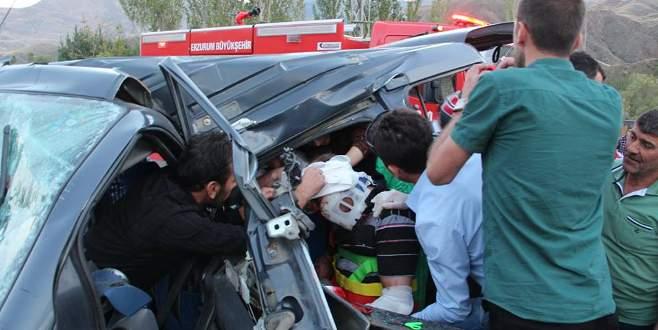 Ambulansın peşinden ölüme gittiler