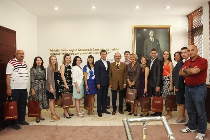 Tatar Gençlik Heyeti'nden Başkan Büyükerşen'e Ziyaret