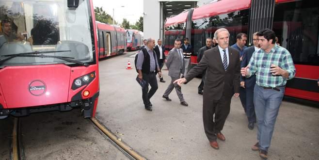 T2 hattının tramvaylarında testler başladı