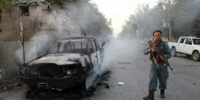 Afgan güçler 'Kunduz'u Taliban'dan geri aldı'