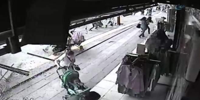 Otobüs faciası sırasında yaşanan panik kamerada