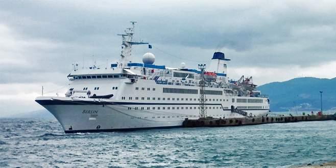 Berlin gemisi Mudanya'ya yanaştı
