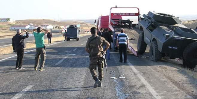 Zırhlı polis aracı kamyonetle çarpıştı: 1 şehit, 11 yaralı